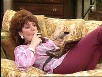 Peggy – Couch-1