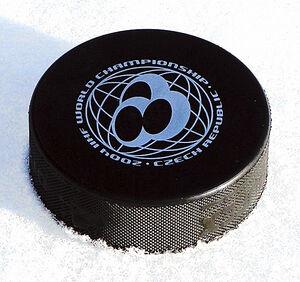 Hockey puck wm2004