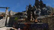 Talos in Whiterun with Dragonsreach