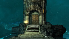 Башня Мзарк - нижний вход