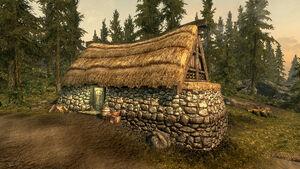 Полулунная лесопилка - дом хозяев