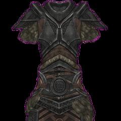 Żeńska wersja stalowej zbroi z naramiennikami