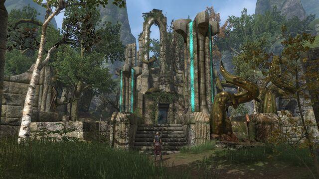 File:Ayleid Ruins in High Rock.jpg