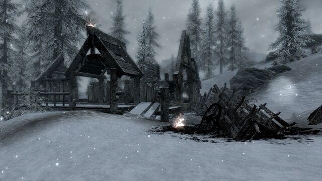 File:Burned Down House.jpg