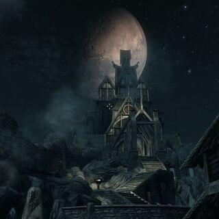 Smocza Przystań nocą