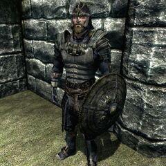 Norski członek Ostrzy noszący Akavirską zbroję Tsaesci z gry The Elder Scrolls V: Skyrim