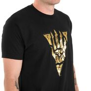 Hand of Vivec T-Shirt Side