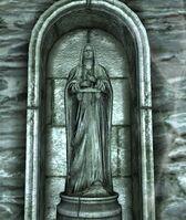 Estatuas guardianes ruinas