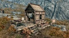 Горный приют - дом