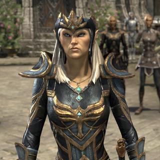 Queen Ayrenn w porcie <a class=