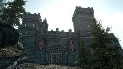 Грозовые ворота - вид с дороги