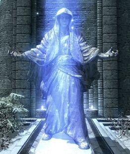 Статуя Шалідора у Колегії Вінтерхолду