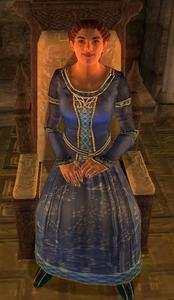 Наріна Карвейн на троні