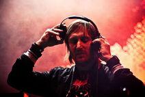 800px-David Guetta One Love Tour México