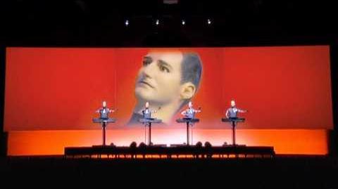 Kraftwerk - The Robots (live) HD