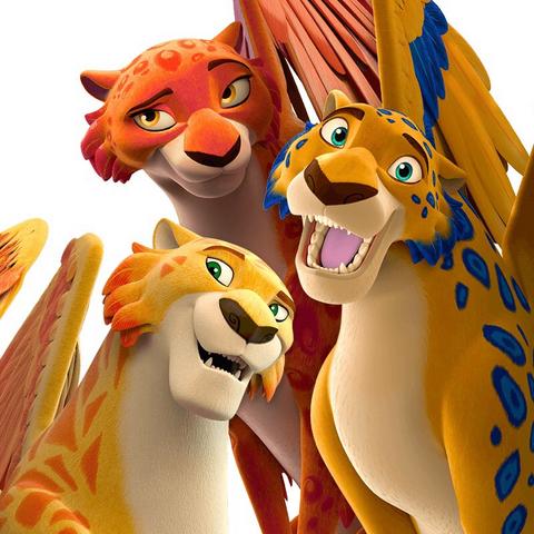 File:Migs, Luna and Skylar.png