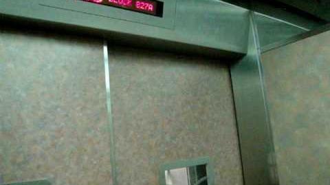 Tampines St 81 Blk 827A Studio Apartment HDB - LG Bed Elevator