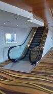 O&K RTV-TE escalator lower deck