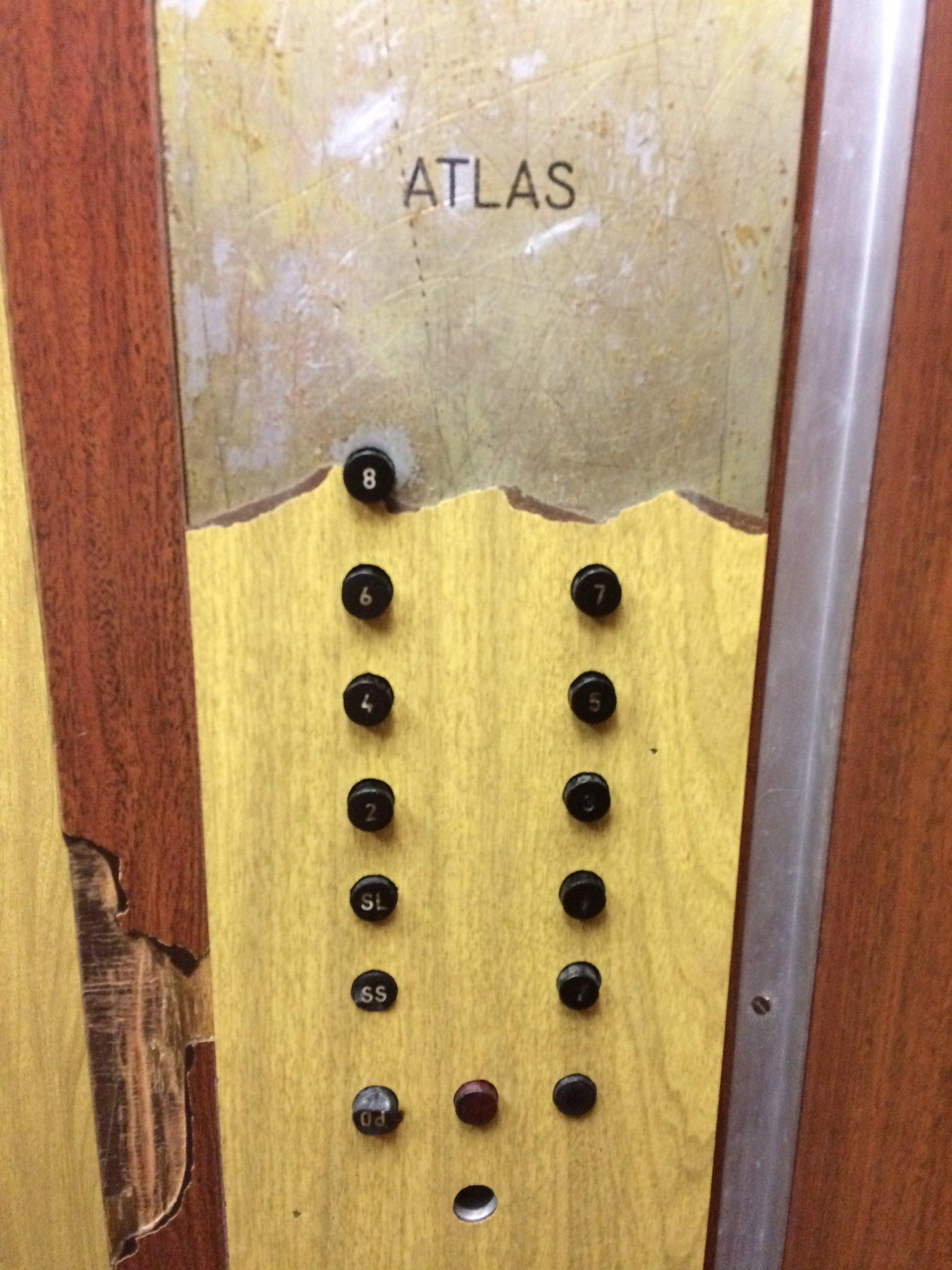 Atlas game elevator on ship