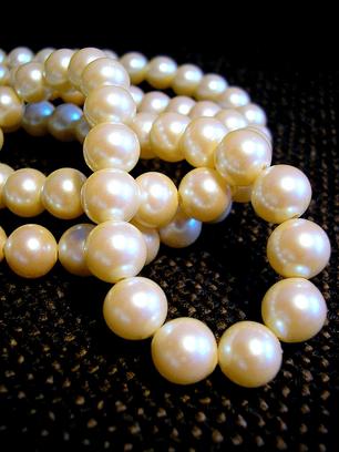 Natural-Pearls