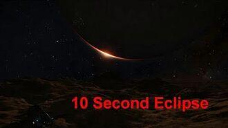 Elite Dangerous - Moon Orbiting at 1 RPM