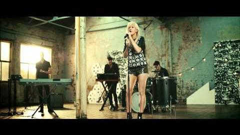 Ellie Goulding - Only You Exclusive Performance for ASOS