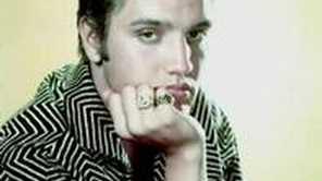 Elvis Presley - Wooden Heart