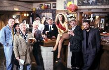 1991 cast - reopening of the Woolpack