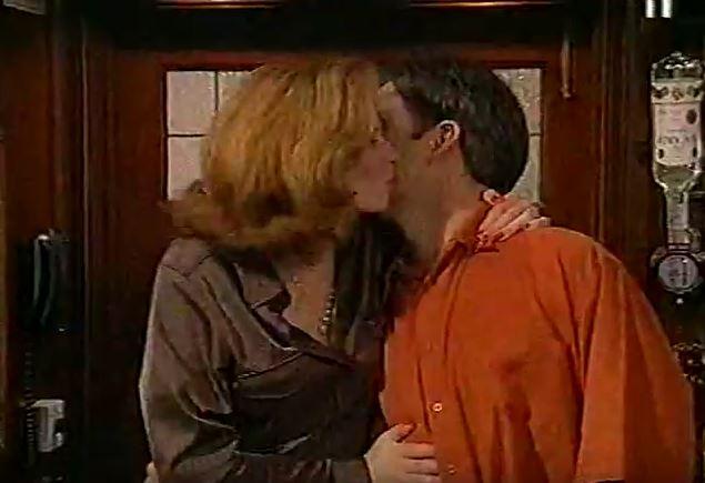 Episode 2617 (7th December 1999)