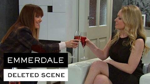 Emmerdale Deleted Scenes - Vanessa And Rhona Talk Money