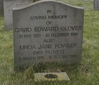 Dave and Linda Glover's gravestone