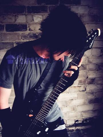 File:Emo Guitarist.jpg