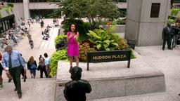 Laura sings at Hudson Plaza