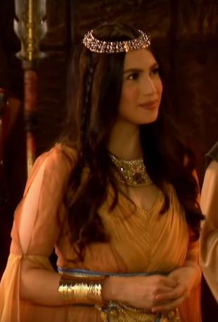Sapiryan Gown
