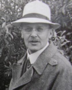 480px-Geiger,Hans 1928