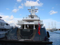 Yacht Ice - Rear view