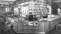 Verkaufsraum sporg. 1920