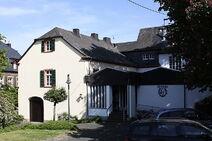 Alte Schule mit Buergerhaus Loesnich 2011 k