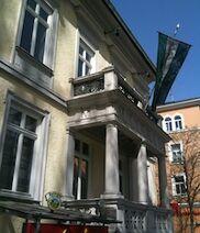 Außenansicht des Hanseatenhauses