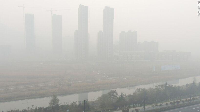 151130141845-china-jiangsu-smog-1130-super-169