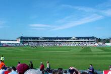 Riverside-ground
