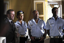 Death in Paradise Team Episode 1-1