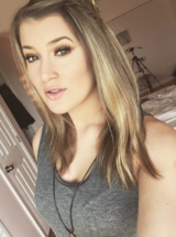Jessi Smiles
