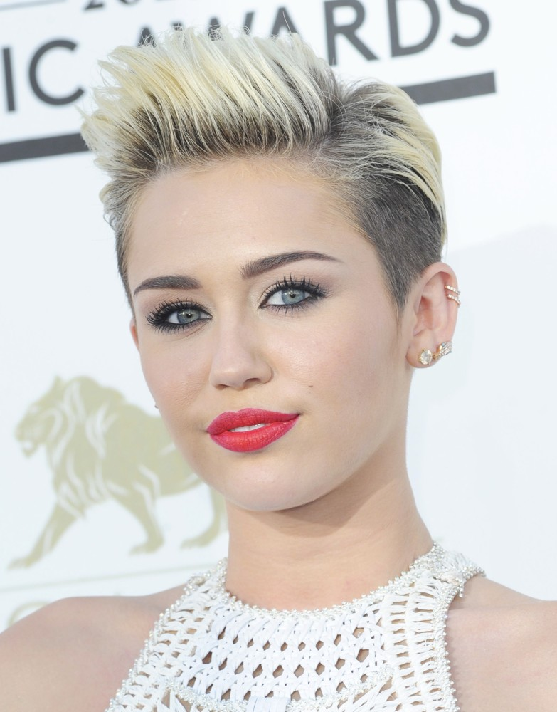 Image Miley Cyrus Based Ong Epic Rap Battles Of History Wiki
