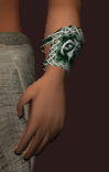 Woven Reptile Hide Bracers (Equipped)