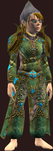 Vesspyr Scholar's Elaborate Green Robe (Equipped)