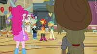 Sunset Shimmer keeping up appearances
