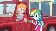 EGS1 Big Mac płaci Rainbow za umycie samochodu