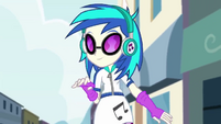 DJ Pon-3 dancing in the street EG2