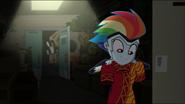 EG MF Rainbow znajduje zaginione przebranie